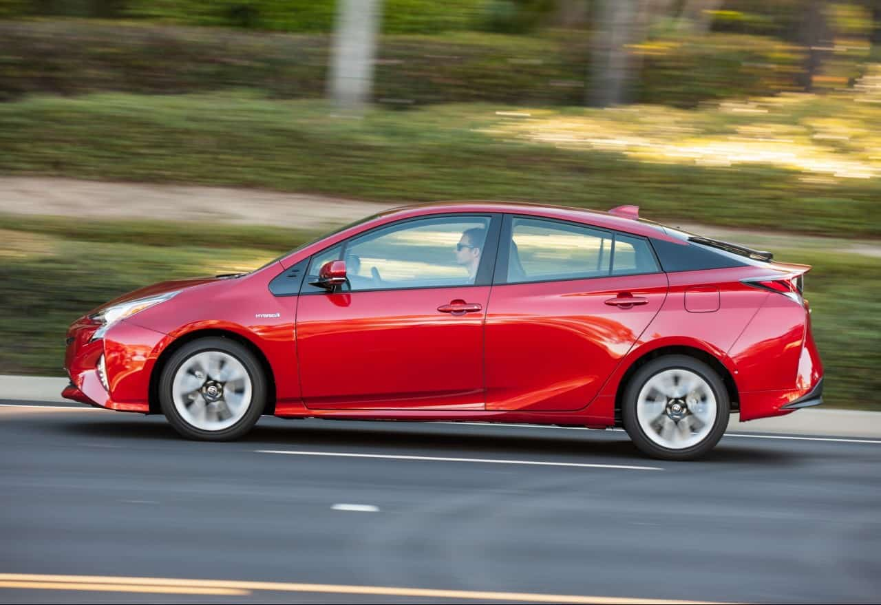 Test Drive: 2016 Toyota Prius Four Touring Review