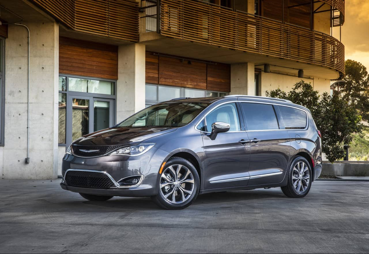 2017 Chrysler Pacifica Touring Test Drive