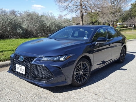 2020 Toyota Avalon XSE Hybrid Review