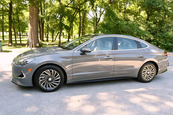 2020 Hyundai Sonata Hybrid Limited Review