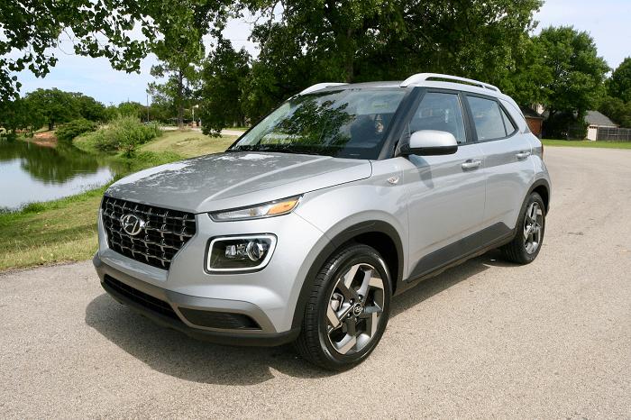2020 Hyundai Venue SEL Review