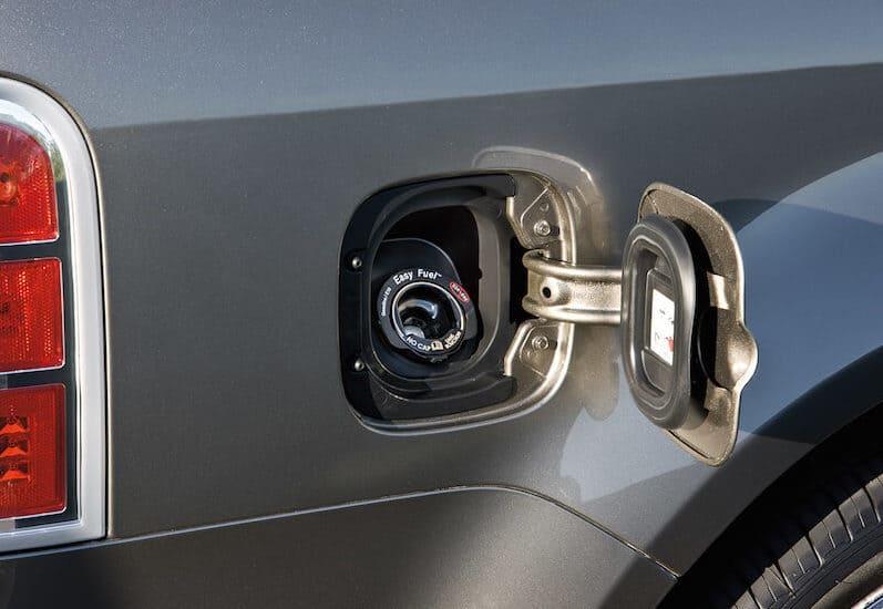 Capless Gas Tanks Pros and Cons | CarProUSA