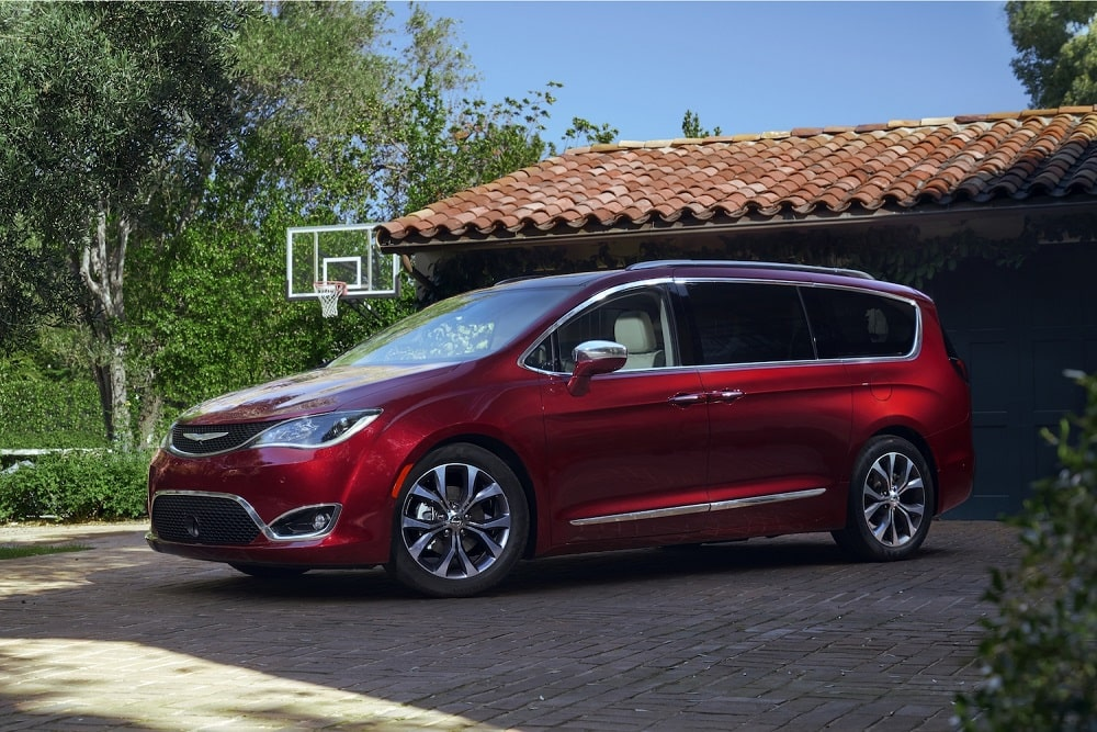 2020 Chrysler Pacifica Hybrid Limited Review Photo Gallery