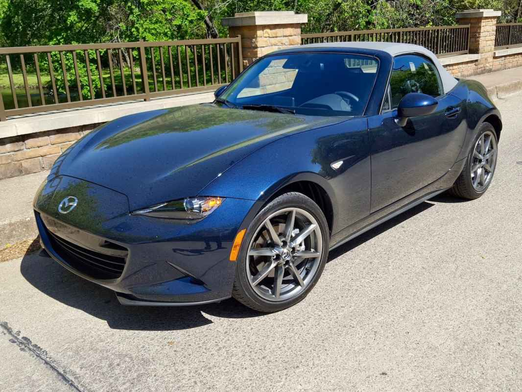 2021 Miata MX-5 Miata Club Review